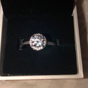Fashion/engagement ring, cubic zirconia